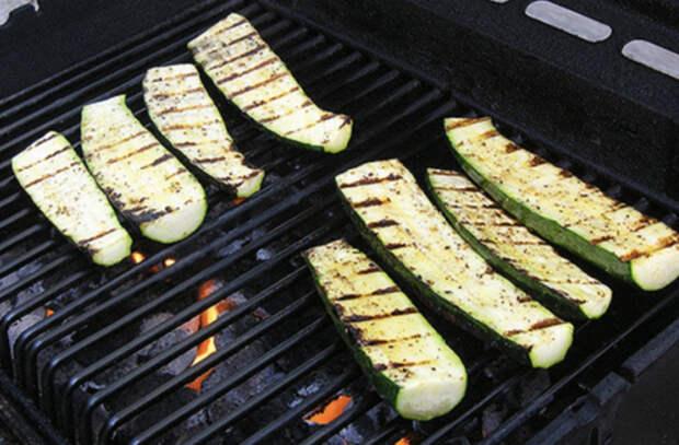 Овощи, которые нужно жарить дочерна
