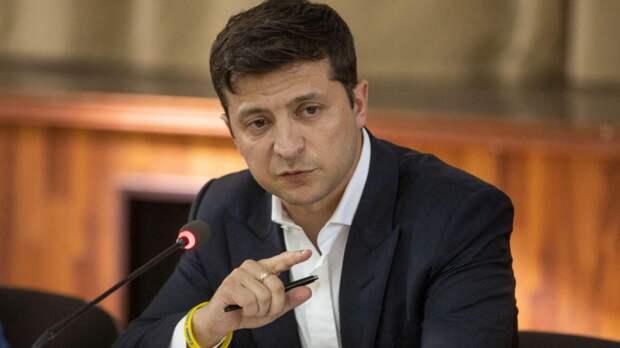 Зеленский оказался осторожнее Байдена в высказываниях о Путине