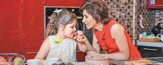 Ведущая Первого канала Светлана Зейналова рассказала о дочери с аутизмом
