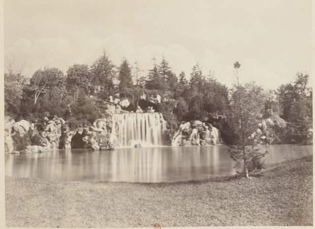 Булонский лес. Водопад