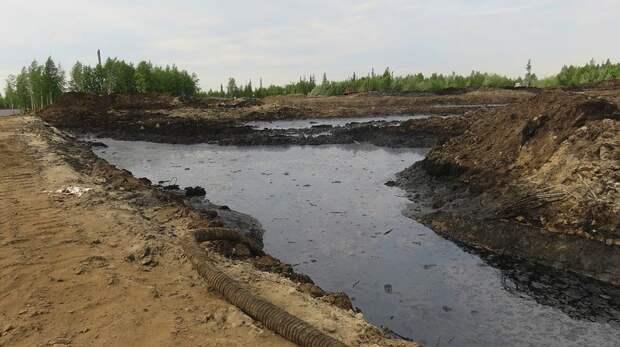 На месторождении в НАО произошла утечка нефти