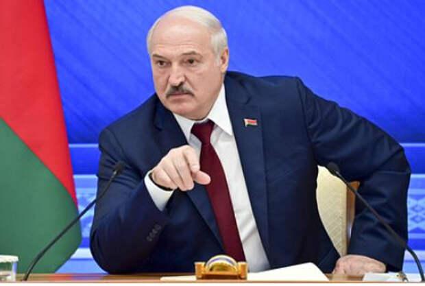 Лукашенко раскрыл стоимость поставок российского вооружения Белоруссии
