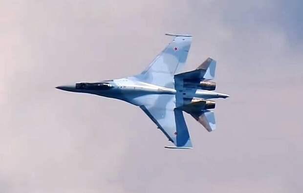Military Watch: истребитель F-15EX сможет победить Су-35 в индийском тендере только с помощью санкций