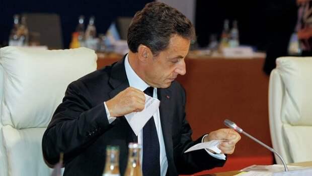 Саркози хочет вернуться в политику, чтобы дать французам выбор