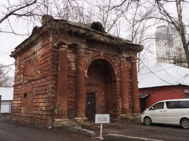 Сохранившиеся объекты завода/ Фото Ольги Чумаченко