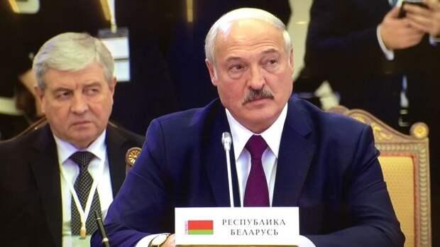 """Лукашенко вновь заявил о """"справедливой цене"""" газа для Белоруссии"""