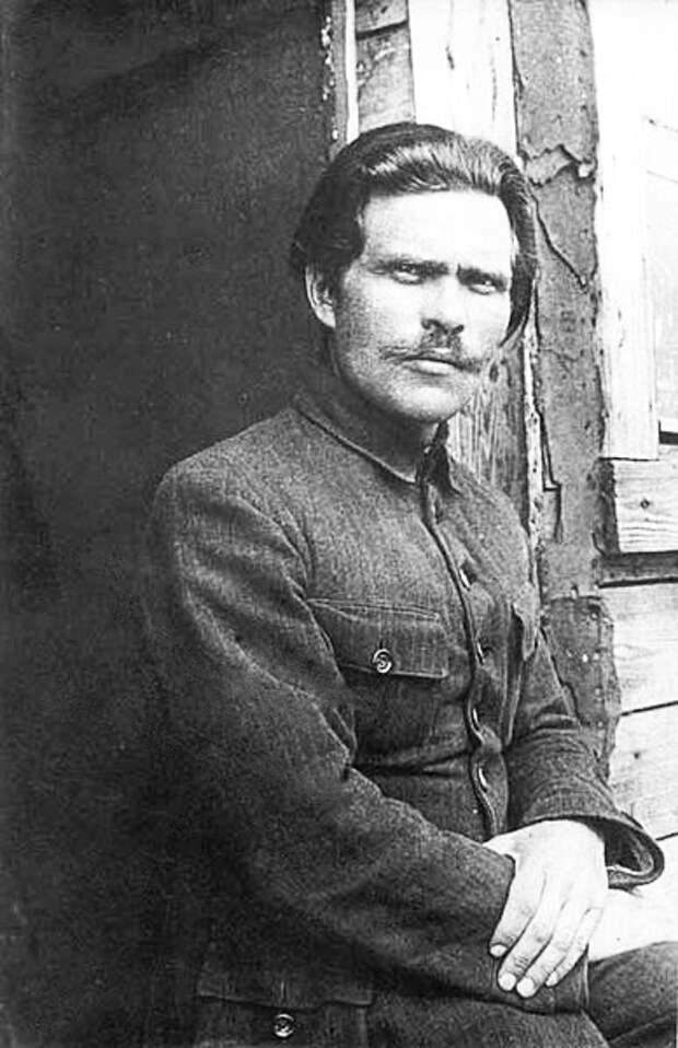 Нестор Махно видео 1919 года. Фото 1921 Махно в Румынии.