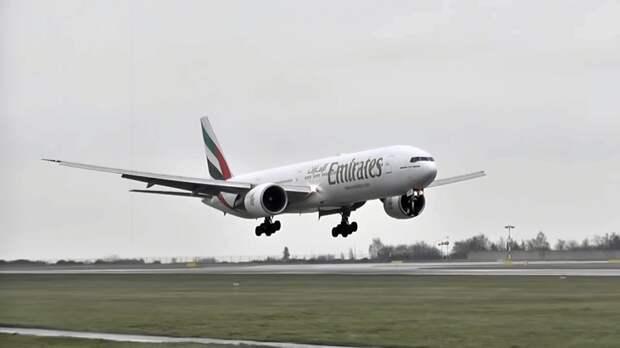 Арабские Эмираты отменяют рейсы в Тель-Авив
