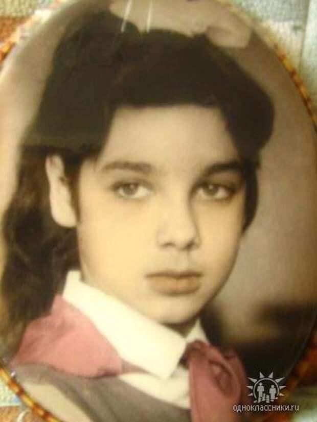 Красивые девочки из советского детства: Юля Корнева