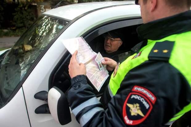 """Водителей могут лишить прав """"ни за что"""": юрист предупредил российских автовладельцев"""
