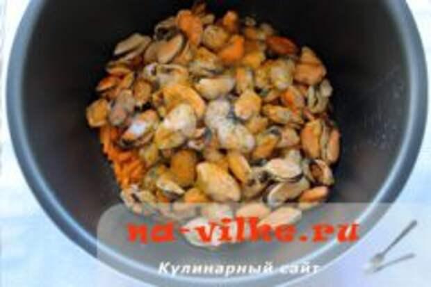 Плов «Черноморский» с мидиями в мультиварке