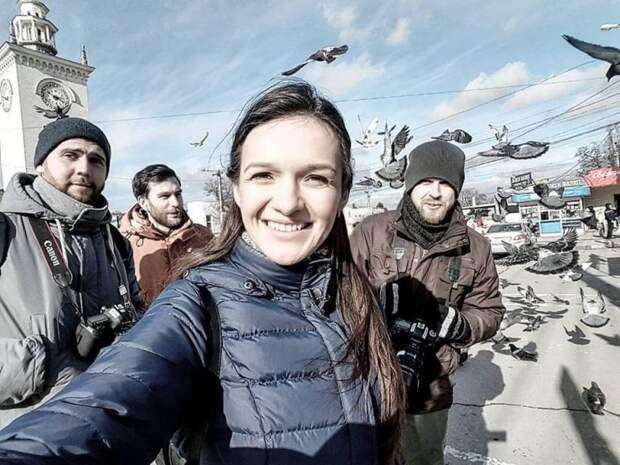 Представители украинской пропаганды свободно гуляют по Крыму и никто их не трогает