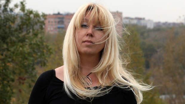 У сердца жертвы: РоманНосиково претендентахна наследие ИриныСлавиной