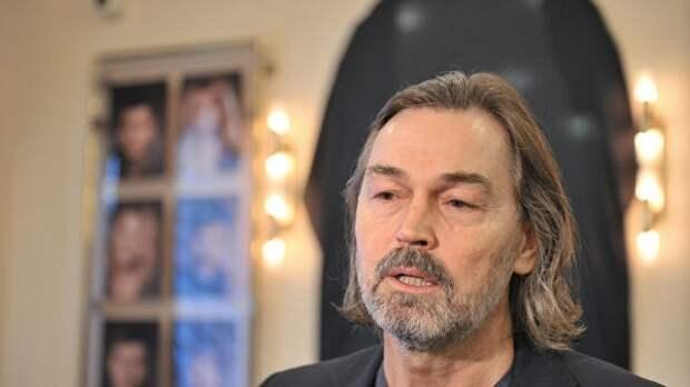 Никас Сафронов рассказал отратах на«коммуналку»