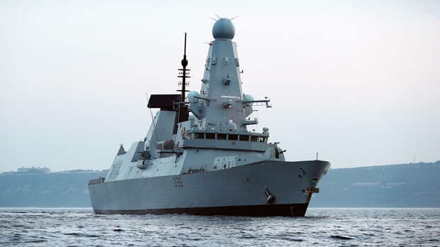 Британская Telegraph рассказала, кто принял решение о провокации с эсминцем Defender