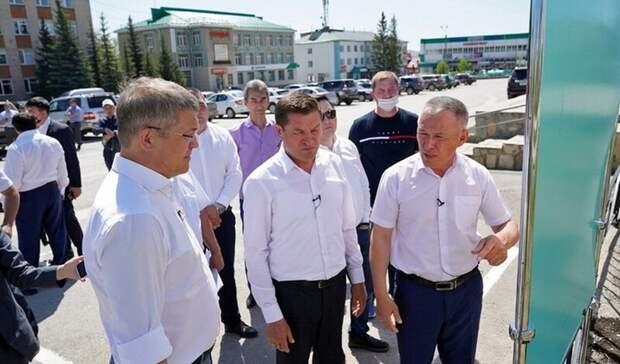 Площадь в городе Башкирии, где мэр попал под следствие, ремонтируют за 76 млн рублей