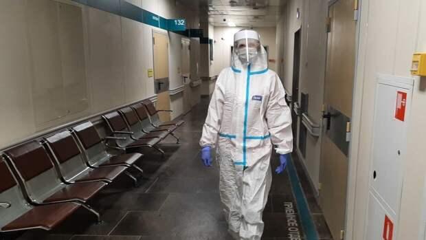 Врачи зарегистрировали 8790 новых случаев заражения COVID-19 в России за сутки