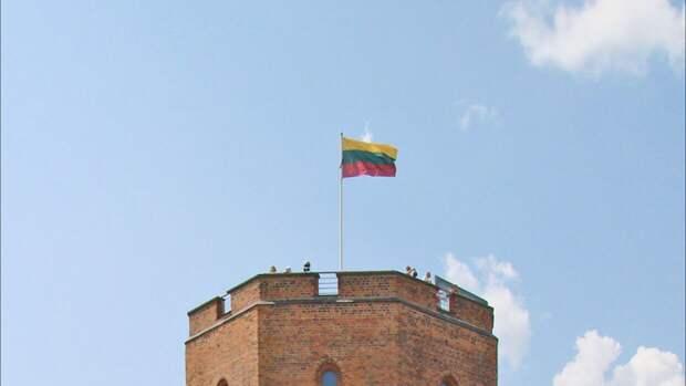 """Белорусская компания """"Белавиа"""" временно не будет летать в Литву"""