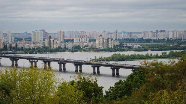 Киев планирует провести всеукраинский референдум по Донбассу