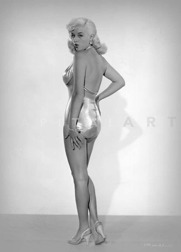 Секс-бомба 50-60-ых Диана Дорс.