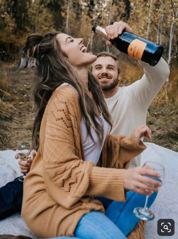 Пара попыталась повторить фото из интернета и оконфузилась... а потом прославилась