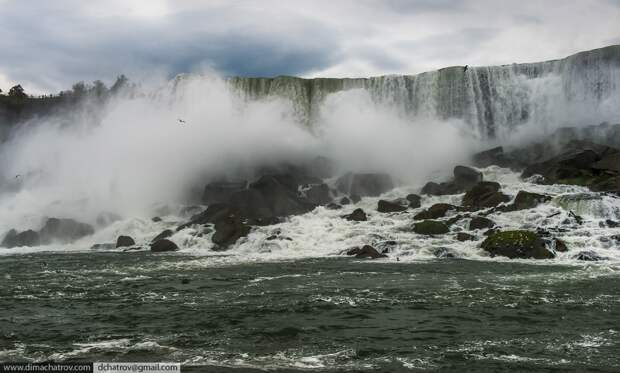 Niagaraoutside05 Ниагарский водопад. Вид изнутри