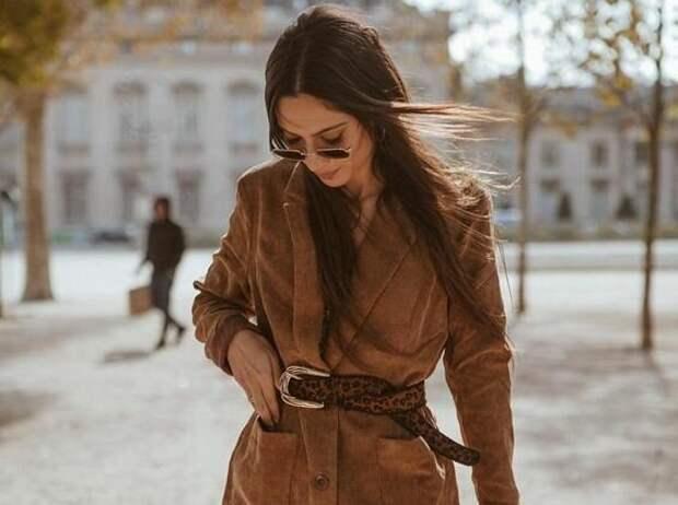 Самые стильные способы носить широкий пояс в этом году
