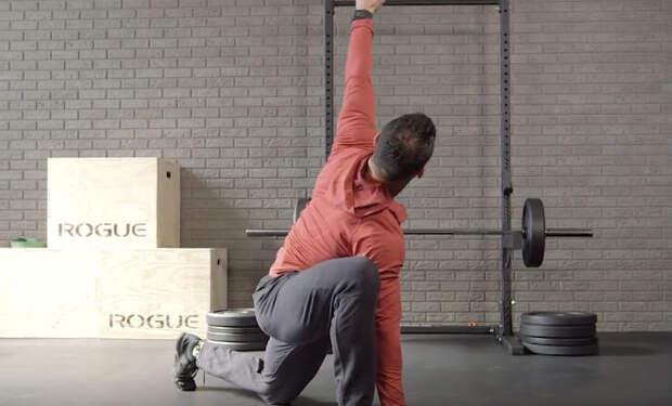 Разминка всего тела за 2 минуты: урок от тренера Шварценеггера