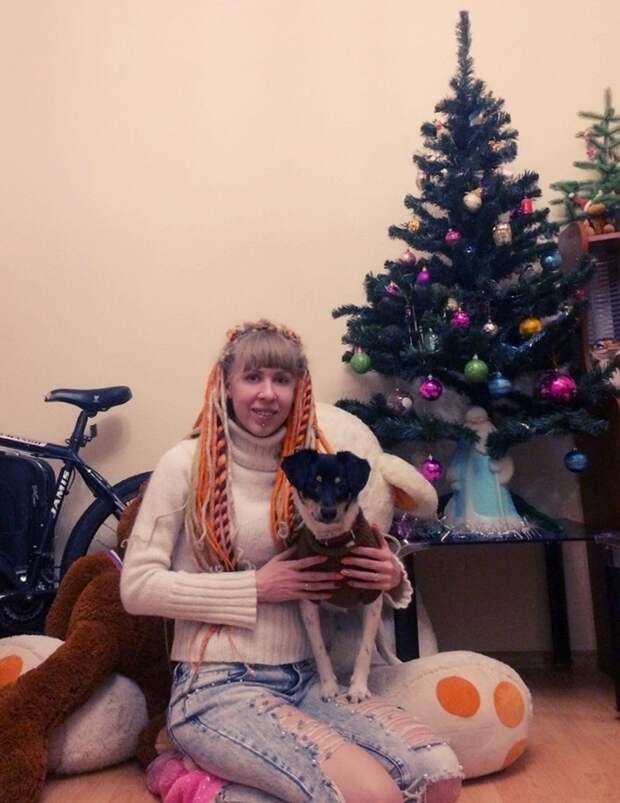 Молодожены не думали, что привезут из Крыма не сувенир, а нового члена семьи. Фото: из архива героев публикации