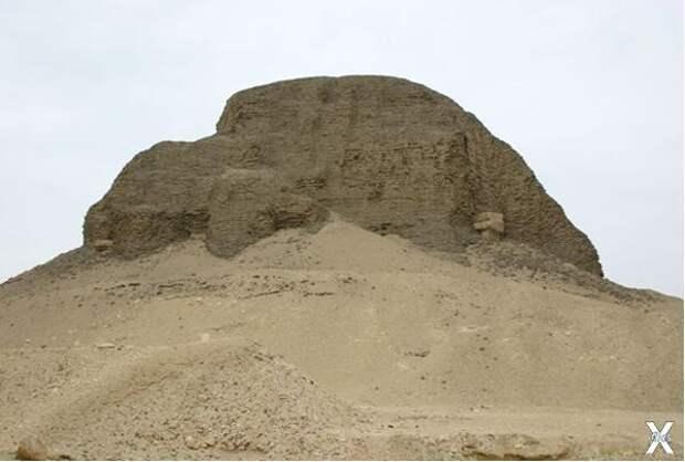 Пирамида Санусерта II в Эль-Лахуне
