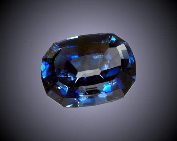 Бенитоит драгоценный камень, интересное, цена