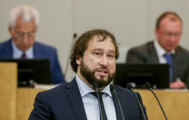 В Госдуме рассказали, как обяжут IT-гигантов выполнять российские законы