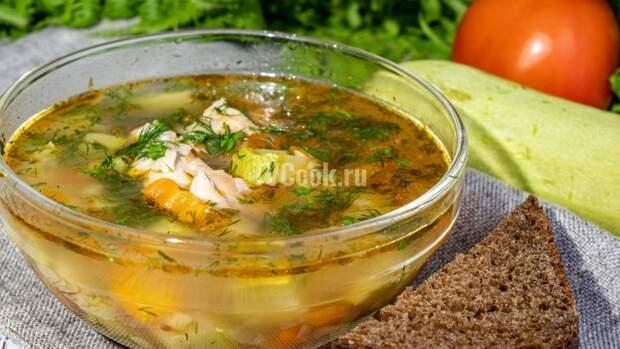 Летний овощной суп с курицей — рецепт