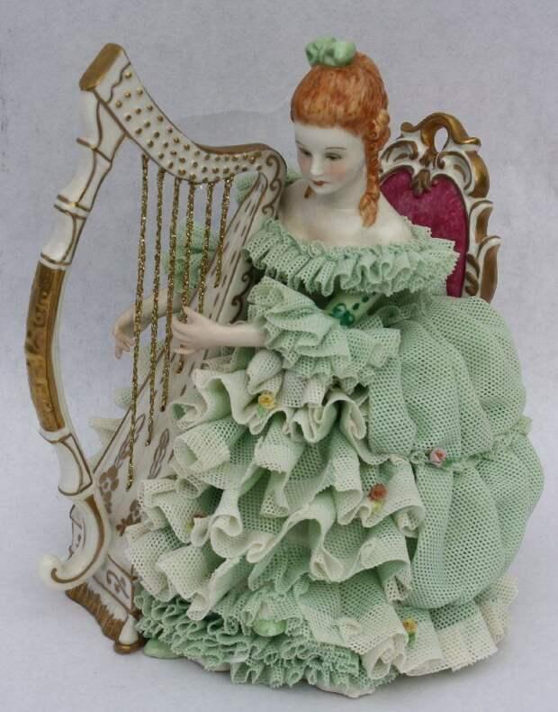 "1978 Irish Dresden musical figurine - ""Sinead"" Emerald Collection"