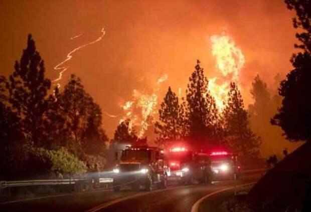 Апокалипсис на юго-западе США: в Калифорнии и Орегоне огнем уничтожено 5 городов