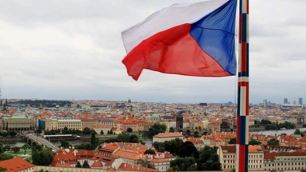 Сенат Чехии выступил с предложением прекратить дружеские отношения с Россией
