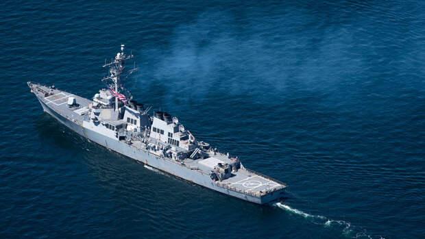 Глава МИД Турции заявил об отказе США от прохода эсминцев в Черное море
