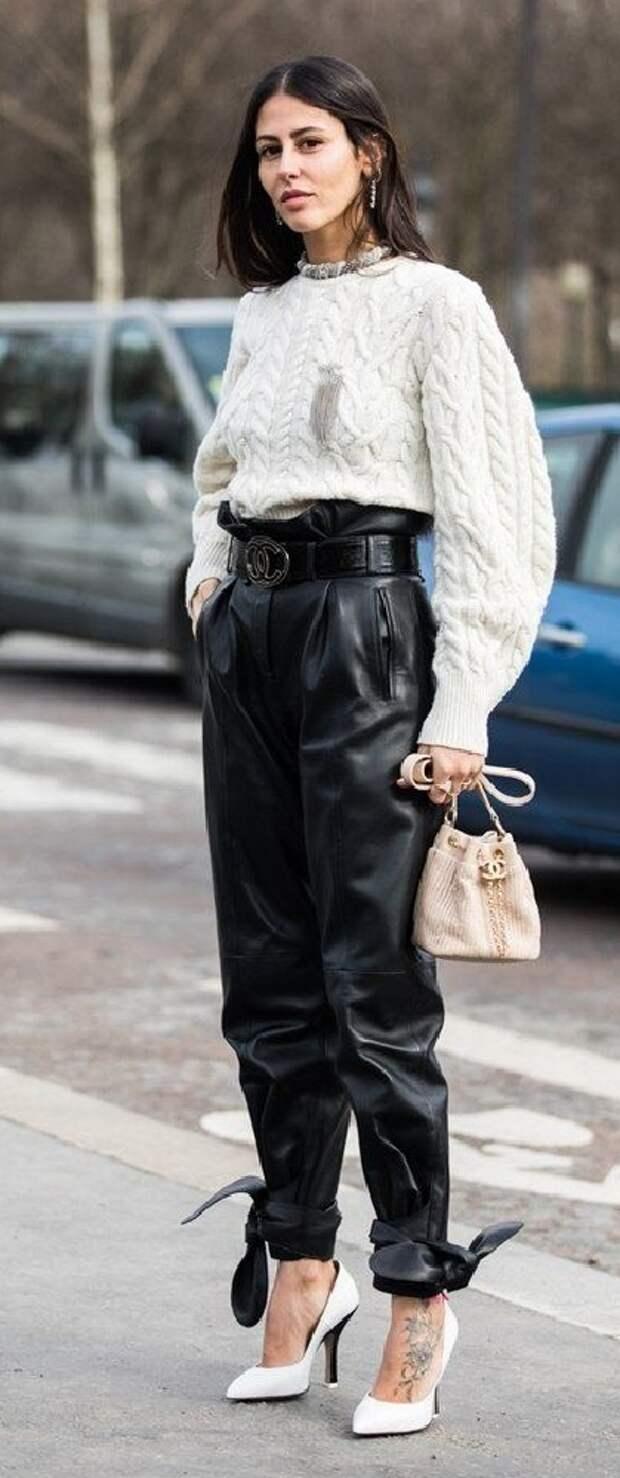 Тренды осени 2020: пора бежать за водолазкой и кожаными штанами