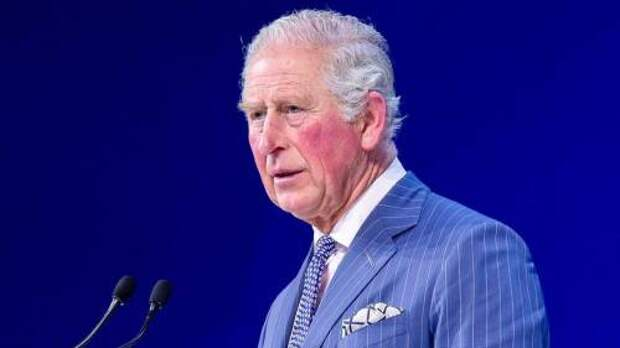 Принц Чарльз получил необычный подарок во время визита на эко-ферму в Оксфордшире: что это