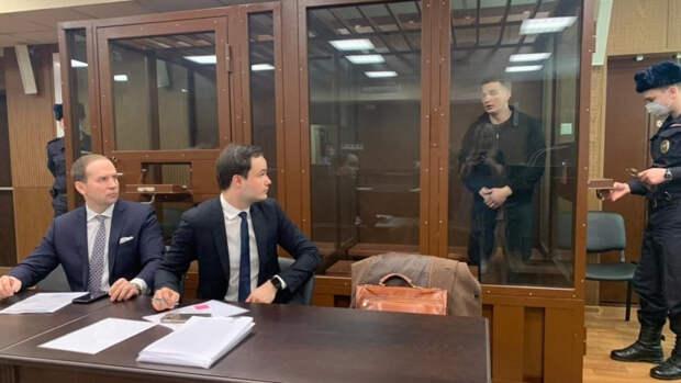Адвокат пострадавшей в ДТП попросил ужесточить меру пресечения Эдварду Билу