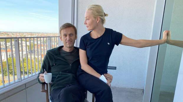 """Кремль натравливает население на Навального из-за возможных санкций. Наглядно о том, как у Кремля """"съехала крыша"""""""