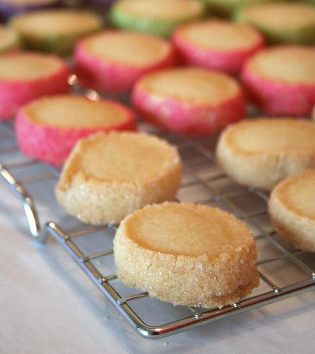 цветное печенье