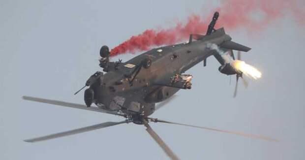 При аварийной посадке боевой вертолет Китая сложился как картонная коробка
