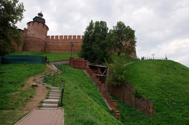 Строительство фуникулера в Нижегородском кремле завершат к концу года
