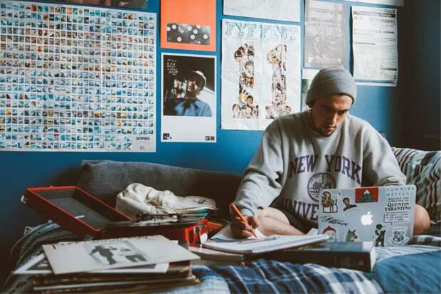 Гайд: как первокурснику «выжить» в общежитии