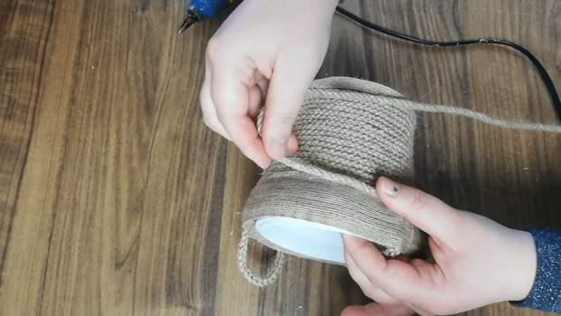 Простой декор из мешковины для создания уютной обстановки