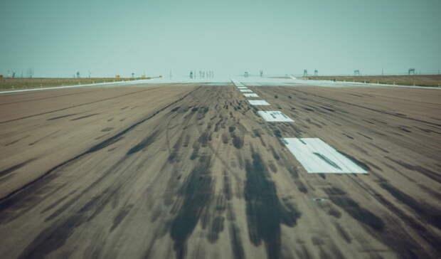 Из-за тумана самолёт несмог приземлиться втюменском аэропорту