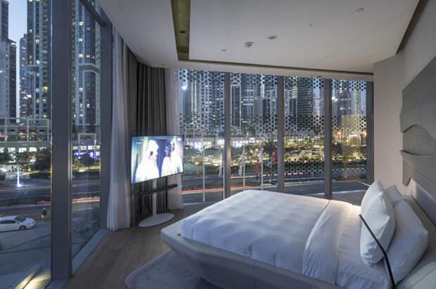 В Дубае построили отель, спроектированный Захой Хадид