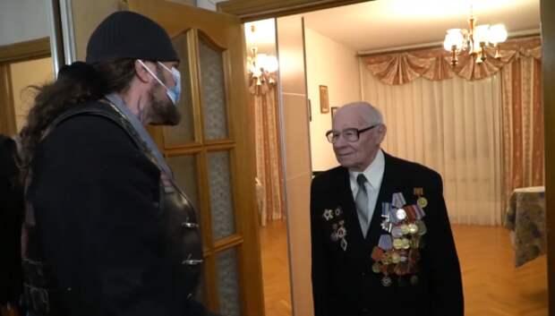 «Ночные Волки» продолжают поздравлять ветеранов в Севастополе (ВИДЕО)