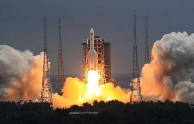 Китай запустил базовый модуль национальной космической станции
